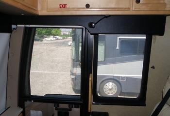 05 eagle screen-door day shade
