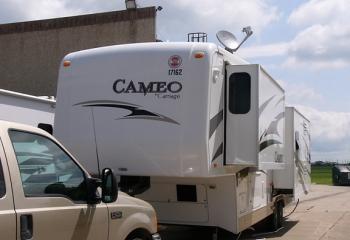 08 Cameo trailer