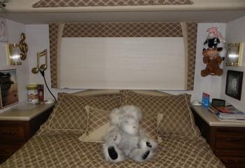 03 tradewinds bedroom night shades