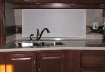 09 southwind kitchen night shades