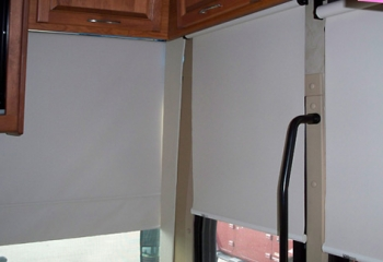 08 Diplomat windshield + door night shade